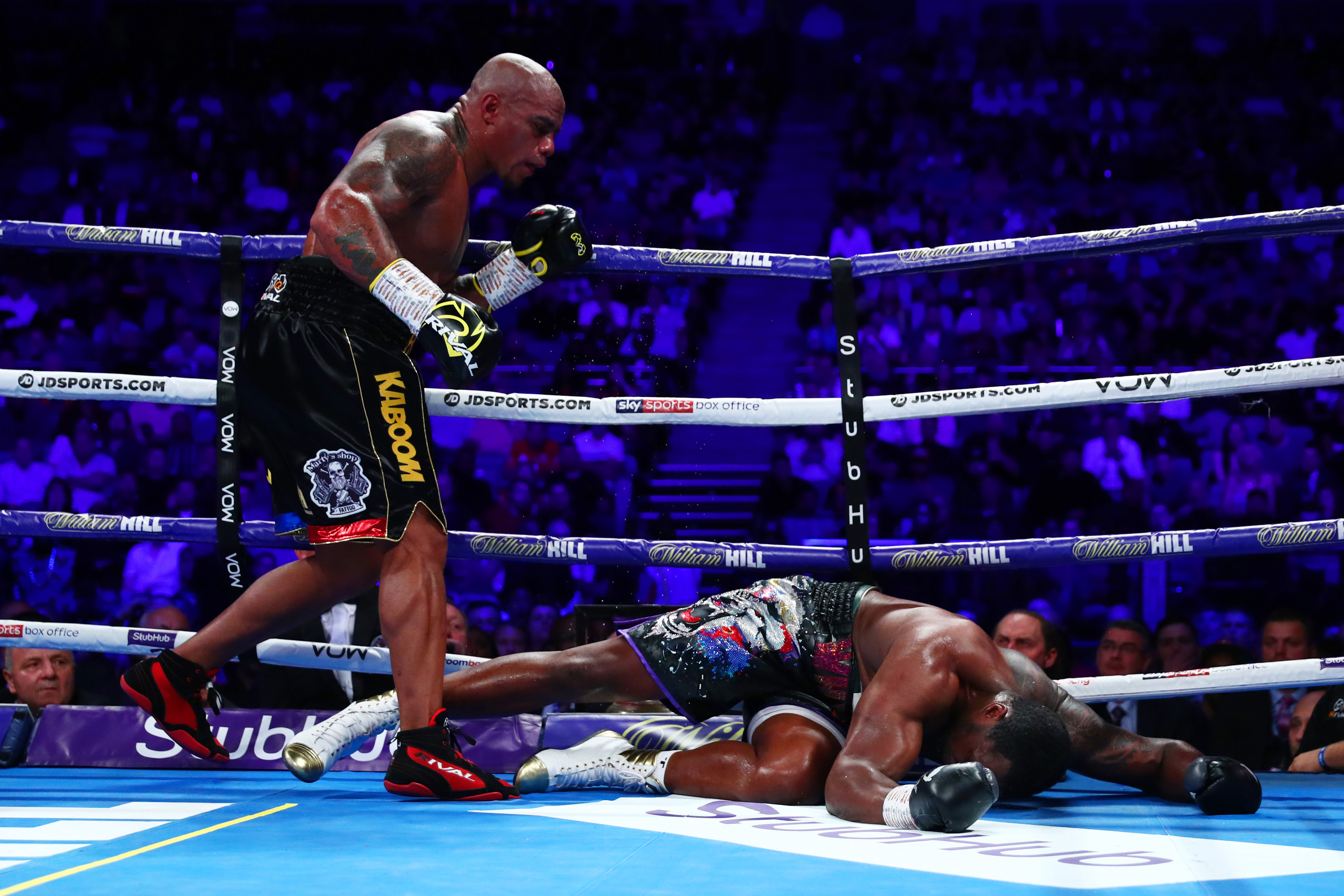 Oscar Rivas floored Dillian Whyte, but lost to him by unanimous decision in July